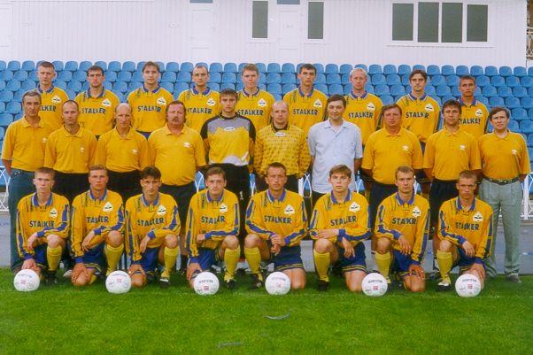 Команда БАТЭ в 1999-ом году. Гончаренко крайний справа в нижнем ряду