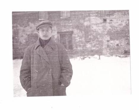 Виктор Васильевич Лавров